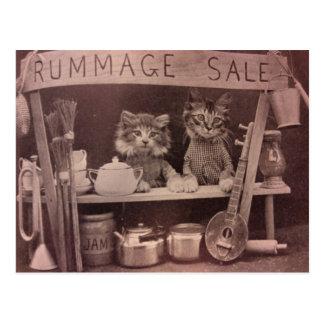 Os gatos do vintage Rummage o cartão da venda Cartão Postal