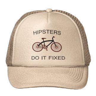 Os hipsteres fazem-no fixado boné