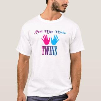 Os homens reais fazem gêmeos (menino/menina) camiseta