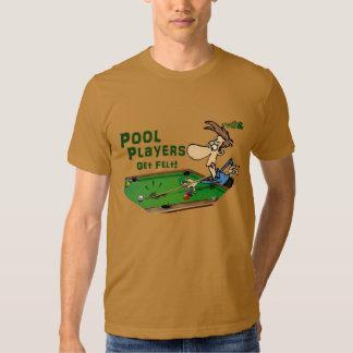 Os jogadores da piscina obtêm o feltro t-shirts