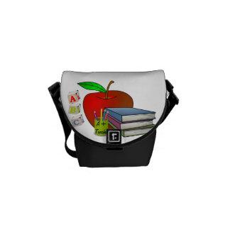 Os livros & o Apple do professor personalizado Bolsas Mensageiro