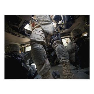 Os marinheiros aprendem procedimentos do comboio arte de fotos