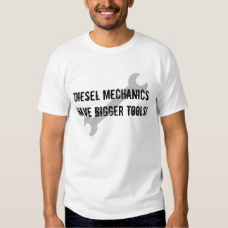 Os mecânicos diesel têm umas ferramentas mais t-shirts