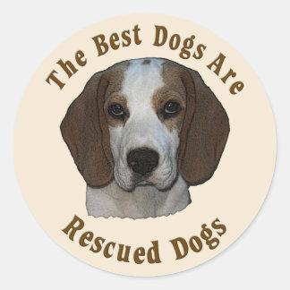 Os melhores cães são salvados - lebreiro adesivos em formato redondos