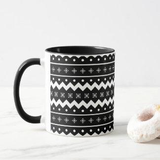 Os mitenes do feriado aquecem a caneca de café do