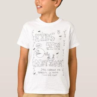 Os miúdos de Sasha na camisa do movimento