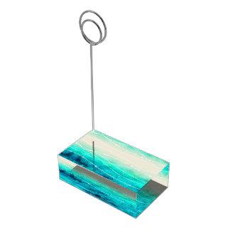 Os números da mesa da praia da areia do mar da suportes para cartao de mesa