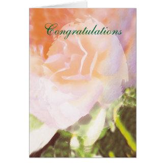 Os parabéns aumentaram cartão comemorativo