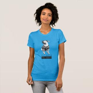 Os pitbull são o t-shirt básico das mulheres dos
