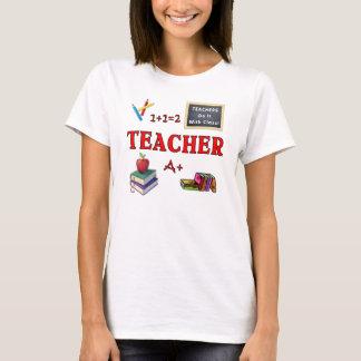 Os professores fazem-no com classe camiseta
