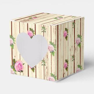 Os rosas cor-de-rosa de madeira rústicos listraram caixinha