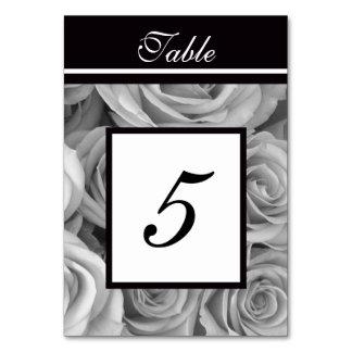 Os rosas que Wedding a mesa numeram cartões
