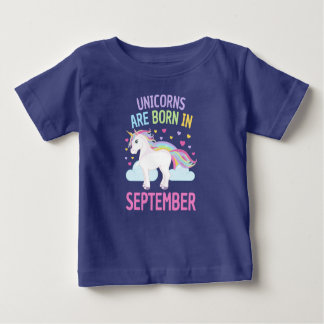 Os unicórnios são em setembro unicórnio bonito camiseta para bebê