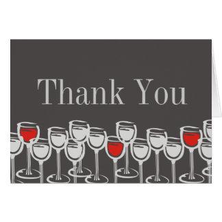 os vidros de vinho branco vermelhos agradecem-lhe cartão comemorativo