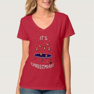 ouriços trampolining do Natal que têm o Camiseta