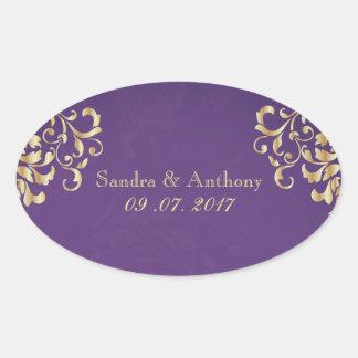 Ouro elegante e etiquetas roxas do casamento tema