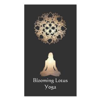 Ouro Lotus da pose da meditação do professor da io Cartão De Visita