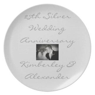Ouro ou placa do aniversário de casamento de prata prato