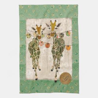 Ouro toalhas verdes do monograma dos girafas