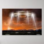 OVNI poster - Arriving