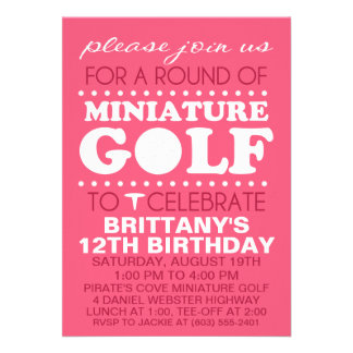 Pa cor-de-rosa do aniversário do mini golfe do tem convite personalizados