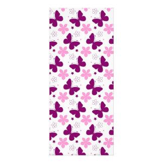 padrão de borboletas e flores convites personalizado