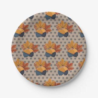 Padrões bonitos da bolota do outono prato de papel