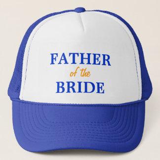 Pai do boné da noiva