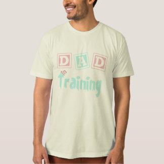 Pai no treinamento (pode personalizar) tshirt