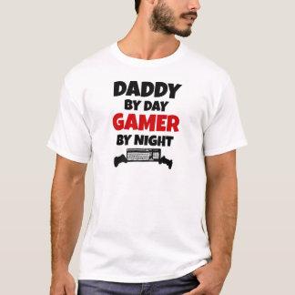 Pai pelo Gamer do dia em a noite Camiseta