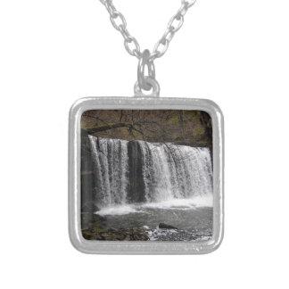 País da cachoeira em wales, balizas de Brecon Colar Personalizado