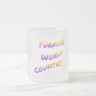País do mundo de Türkiye, arte colorida do texto Caneca De Café Vidro Jateado