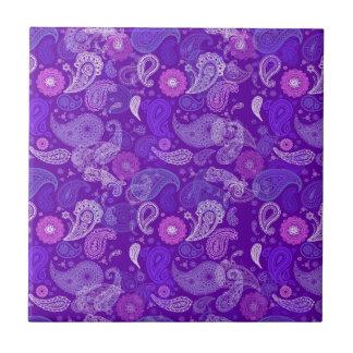 Paisley violeta