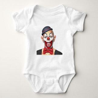 Palhaço do assassino que olha à parte dianteira body para bebê