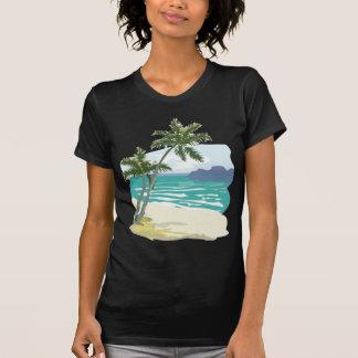 Palmas oceano montanhas camisetas