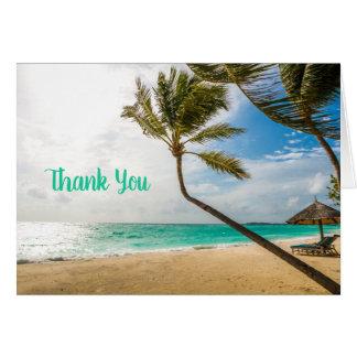Palmeiras tropicais da praia todo o cartão de nota