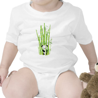Panda do bebê na floresta de bambu macacãozinho para bebês