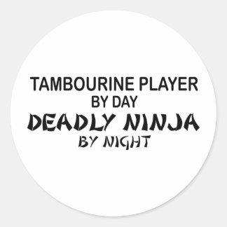 Pandeiro Ninja mortal em a noite Adesivos Em Formato Redondos