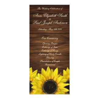 Panfleto Girassóis e programa de madeira do casamento do
