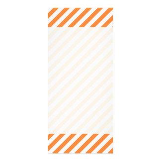 Panfleto Teste padrão diagonal alaranjado e branco das