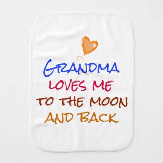 Paninho De Boca A avó ama-me às citações da lua e da parte