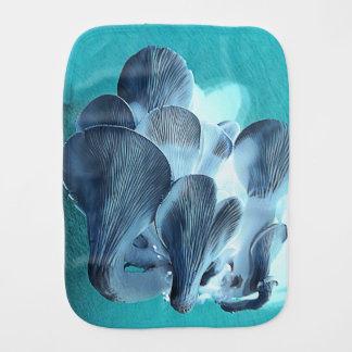 Pano De Boca Cogumelos de ostra no azul