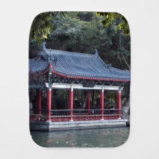 Pano De Boca Pavilhão, lago Ronghu, Guilin, China
