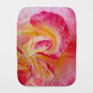 Pano De Boca pétalas cor-de-rosa amarelas