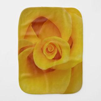Pano De Boca Pétalas cor-de-rosa amarelas românticas