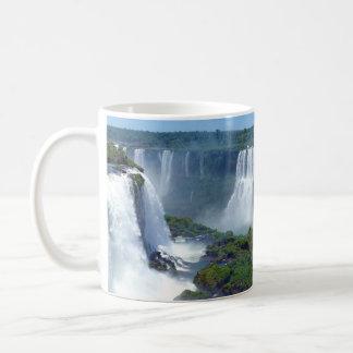 Panorama das cachoeiras de Iguazu de Brasil Caneca