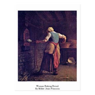 Pão do cozimento da mulher pelo painço (ii) cartão postal