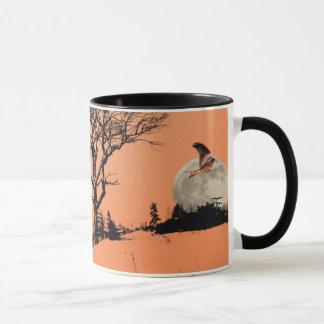 Papagaios vermelhos na caneca arborizada da