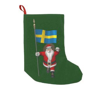 Papai Noel com a bandeira da suecia Meia De Natal Pequena
