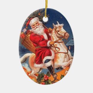 Papai noel do vintage em um ornamento do cavalo de
